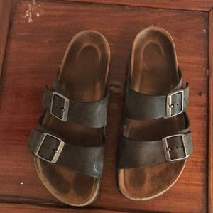 Birkenstocks, black leather, size 39
